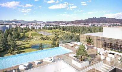 Viviendas en venta con piscina en Málaga Capital