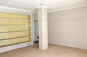 Premises for sale in Barrio Alto