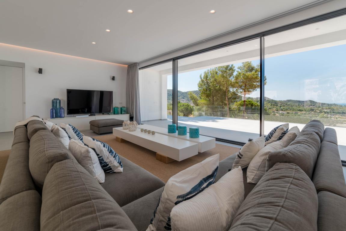 Holiday rentals House  Sant josep de sa talaia, zona de - Sant Josep de sa Talaia. Idílico lujo natural. villa muy moderna y elegante con cinco hab
