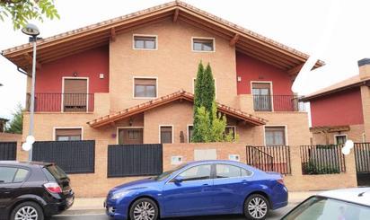 Casa adosada en venta en Mendoza Kalea, Oyón-Oion