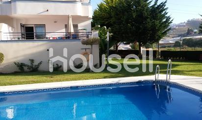 Apartamentos en venta con piscina en Torrox