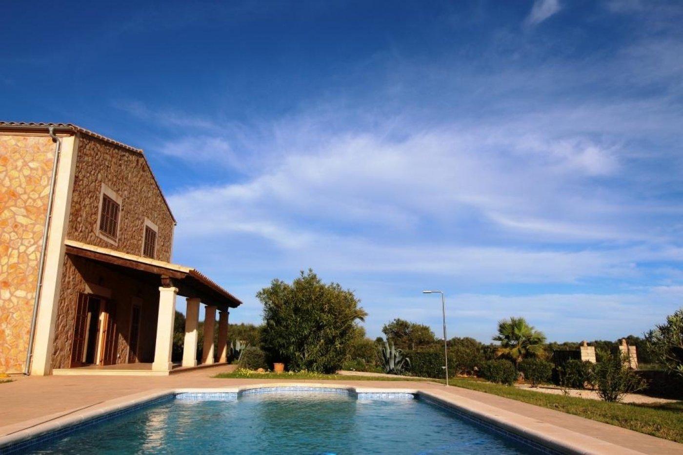 Miete Haus  Ses salines ,salines  ses. Preciosa casa de campo con piscina en ses salines en alquiler de