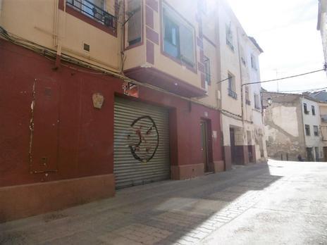 Locales en venta con parking en España