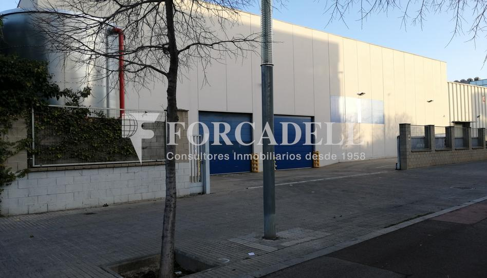 Foto 1 de Nave industrial de alquiler en Almeda - El Corte Inglés, Barcelona