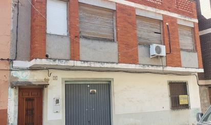 Viviendas y casas en venta baratas en Benisanó