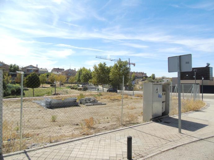 Foto 3 de Urbanizable en venta en Calle Luxemburgo de Zona Europa, Madrid