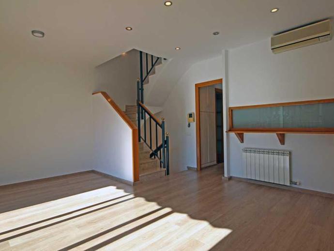 Foto 3 de Casa o chalet en venta en Carrer de Besalú El Camp de l'Arpa del Clot, Barcelona