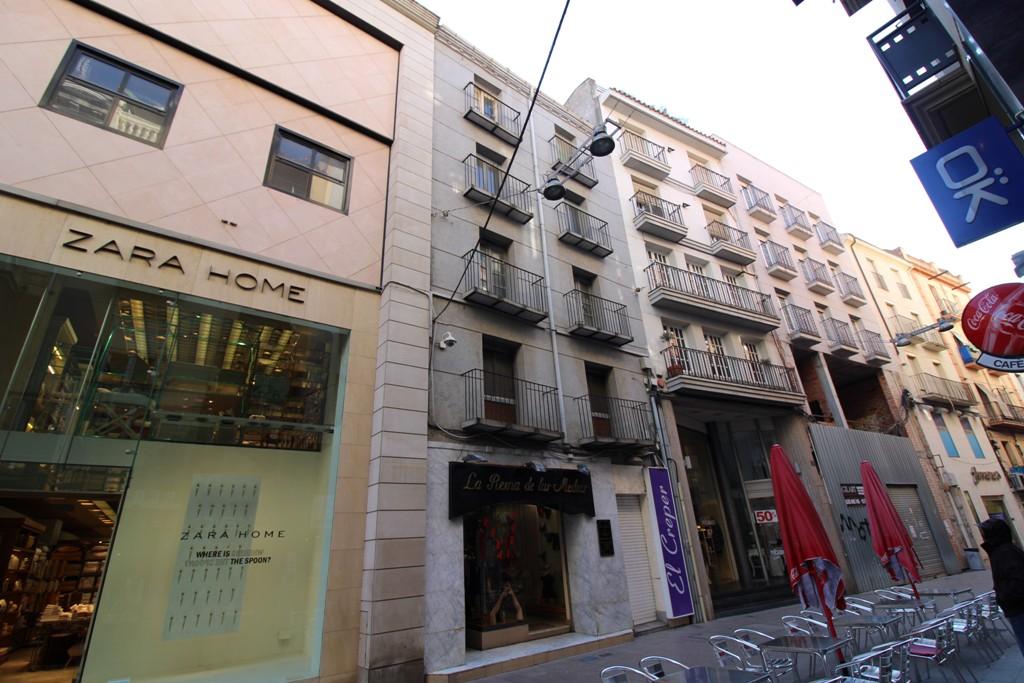 Edifici  Calle magdalena