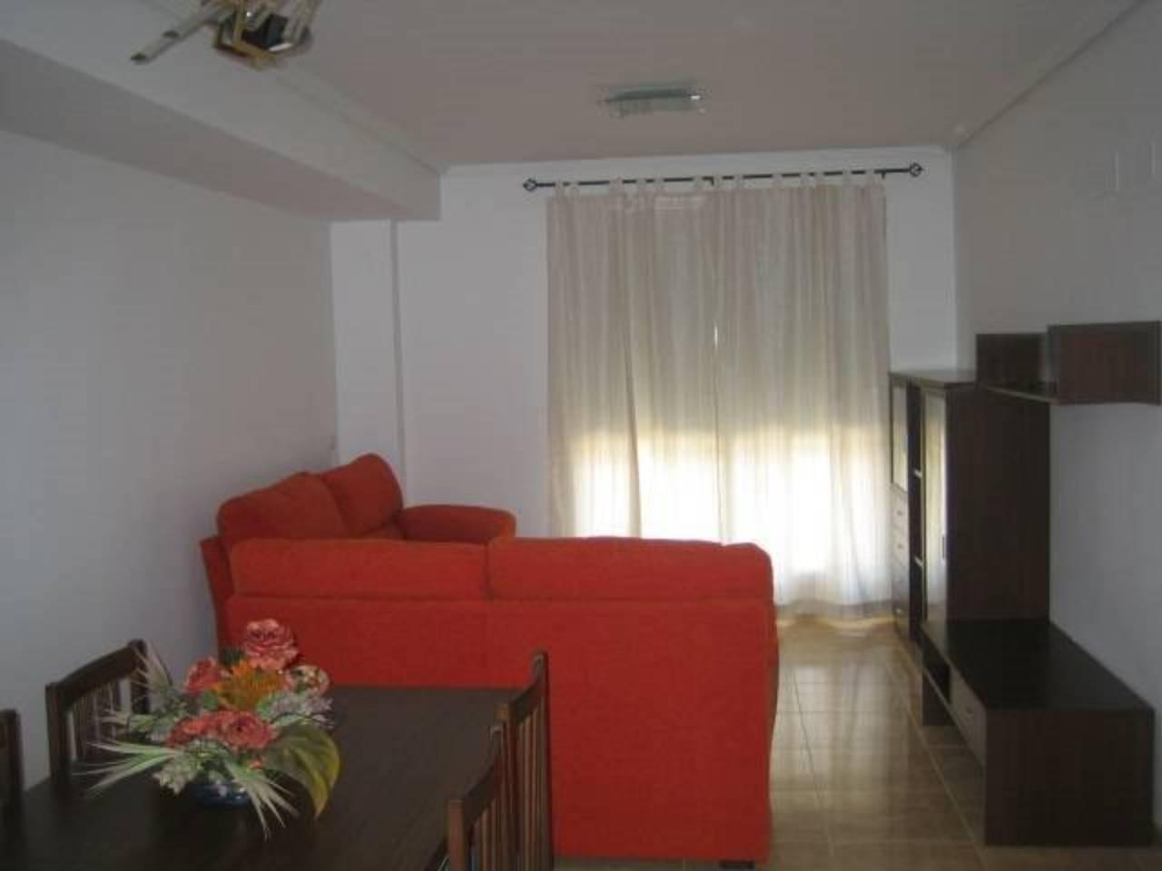 Flat  Calle tall. Superf. 116.30 m²,  3 habitaciones (2 dobles,  1 individual),  2