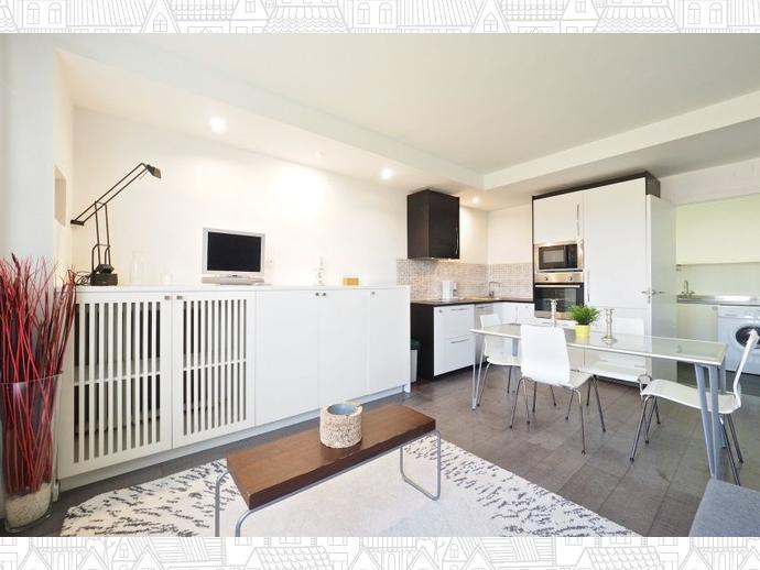 Foto 4 de Apartamento en Eixample / Sant Antoni,  Barcelona Capital