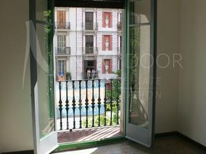 Casas de compra con ascensor en Eixample, Barcelona Capital