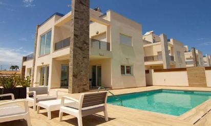 Wohnimmobilien zum verkauf in Cala La Higuera, Alicante