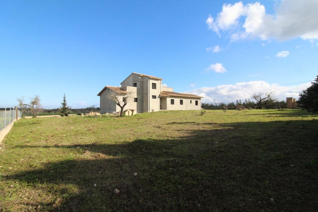Casa en Santa Margalida. Finca rustica a 3 km de can picafort en construcción.