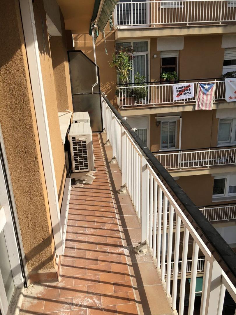 Lloguer Pis  Calle galileu. Galileu les corts 4 habitaciones 2 baños con terraza totalmente