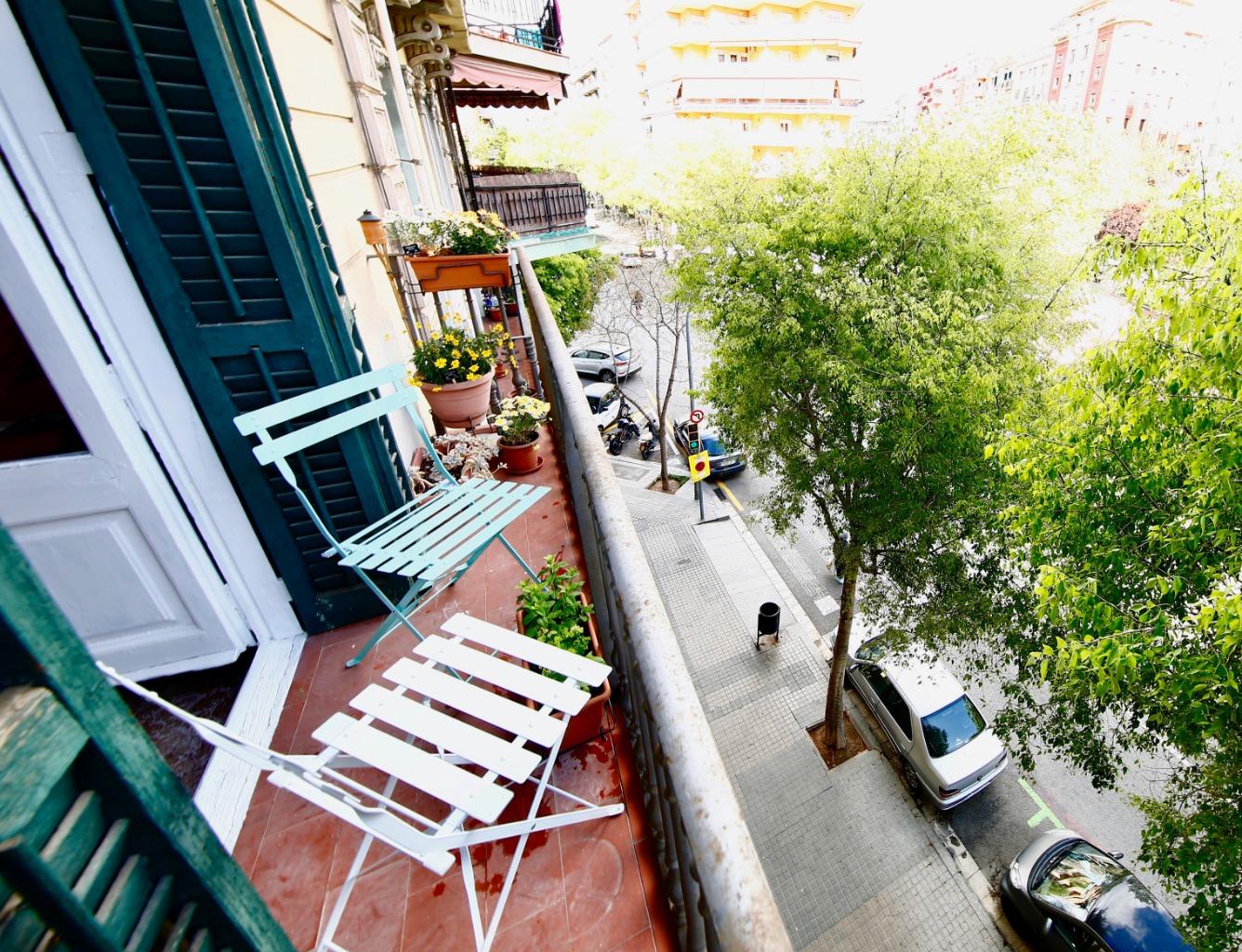 Lloguer Pis  Calle floridablanca. Floridablanca sant antoni 4 hab amueblado con balcón