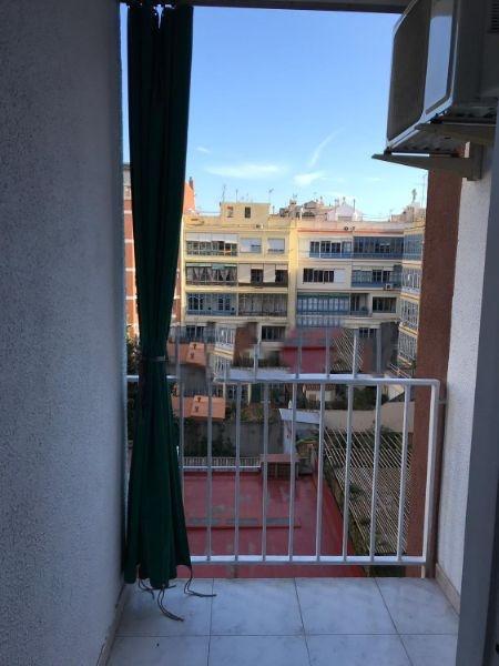 Lloguer Pis  Calle diagonal. Diagonal con bruc 2 hab sin muebles balcón