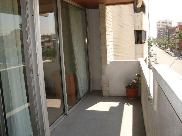 Lloguer Pis  Calle bac de roda. Bac de roda diagonal mar 3 hab y 2 baños con terraza amueblado y