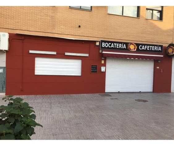 Local Comercial  Bonrepòs i mirambell. Se vende local y negocio en pleno rendimiento por jubilación, co