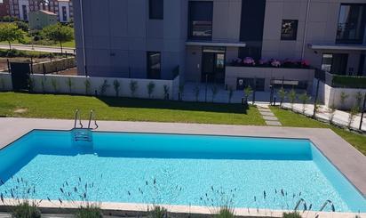 Pisos en venta con piscina en Cueto, Santander