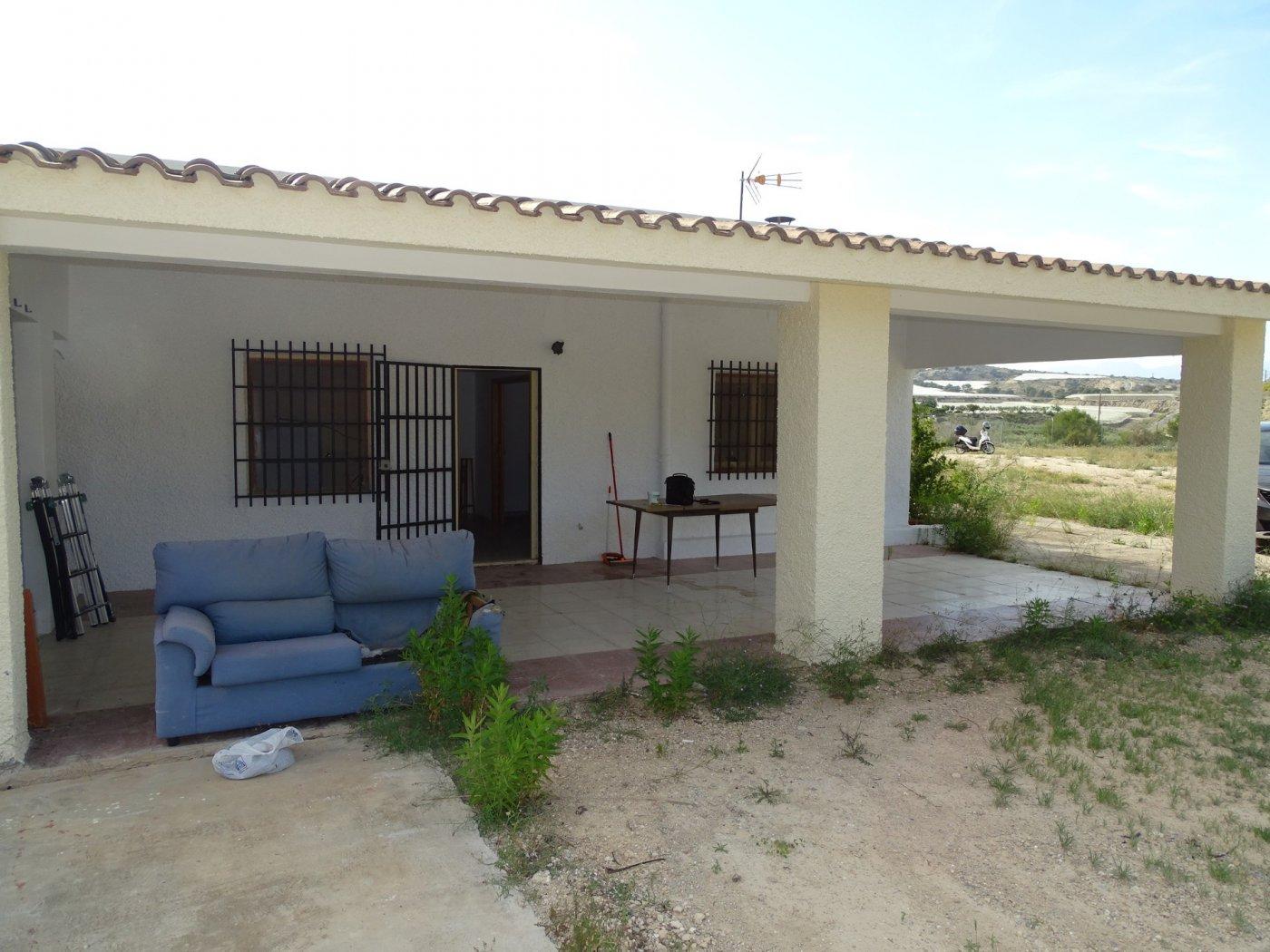 Casa  Alicante pedanias ,la alcoraya. Chalet en la alcoraya