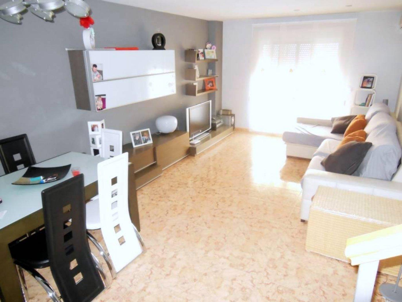 Casa  Benifla ,zona nueva