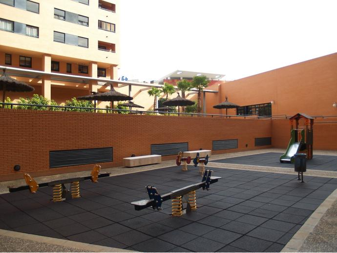 Foto 31 de Piso en Plaza Alcalde Agatángelo Soler 4 / Garbinet, Alicante / Alacant