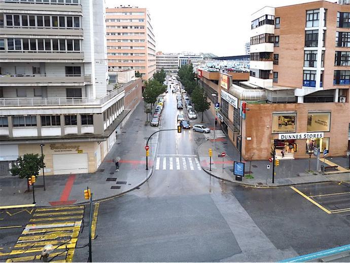 Foto 4 de Piso en Málaga - Avda. Andalucía / Carranque - Haza Cuevas, Málaga Capital