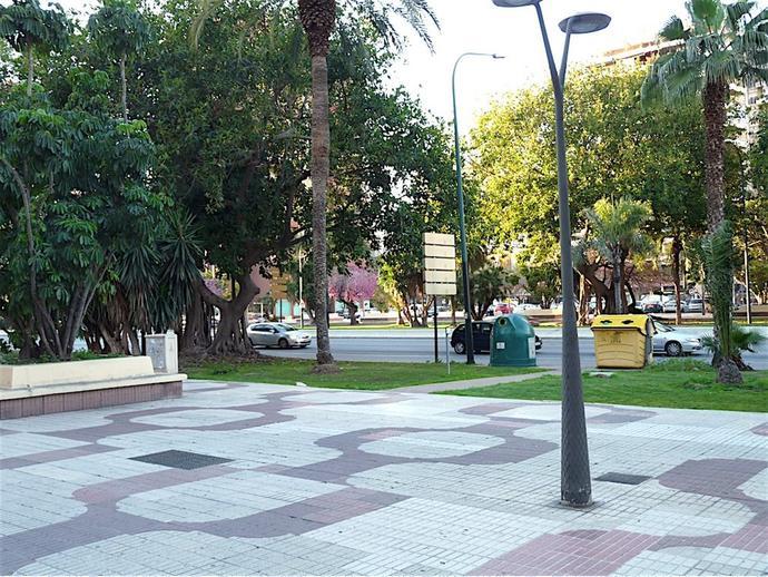 Foto 6 de Piso en Málaga - Avda. Andalucía / Carranque - Haza Cuevas, Málaga Capital