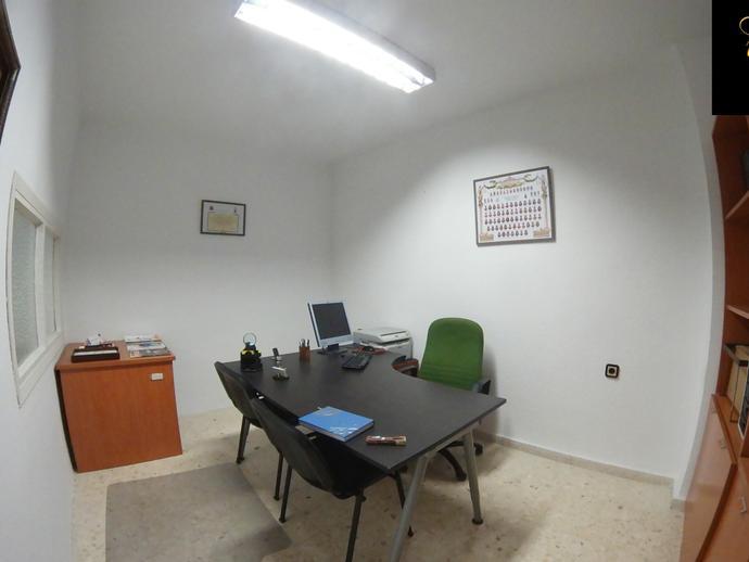 Foto 1 de Oficina en Asdrúbal - Bahía Blanca