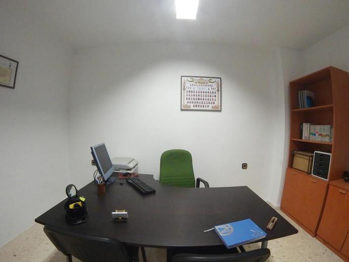 Foto 2 de Oficina en Asdrúbal - Bahía Blanca