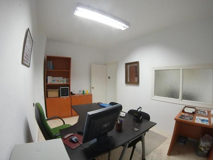 Foto 3 de Oficina en Asdrúbal - Bahía Blanca