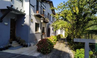 Casas adosadas en venta en Alonsotegi