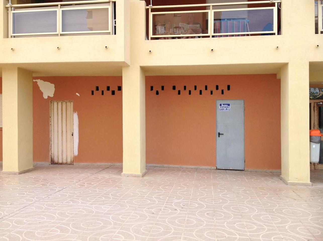 Geschäftsraum in Puig. Se vende local de 57 m2 en la playa del puig, urbanizacion puig