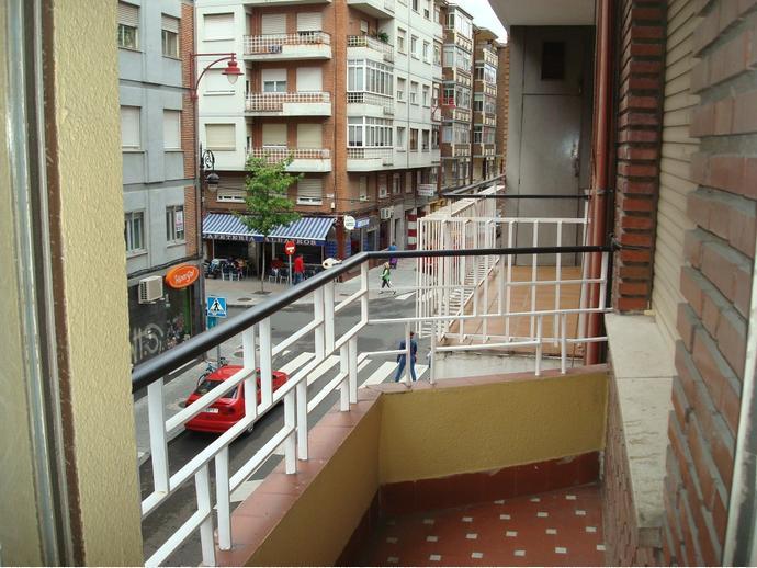 Piso en le n capital en el ejido santa ana en calle obispo almarcha 144899927 fotocasa - Pisos en venta en leon capital ...