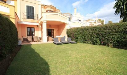 Viviendas y casas en venta en Guadalmina Club de Golf, Málaga