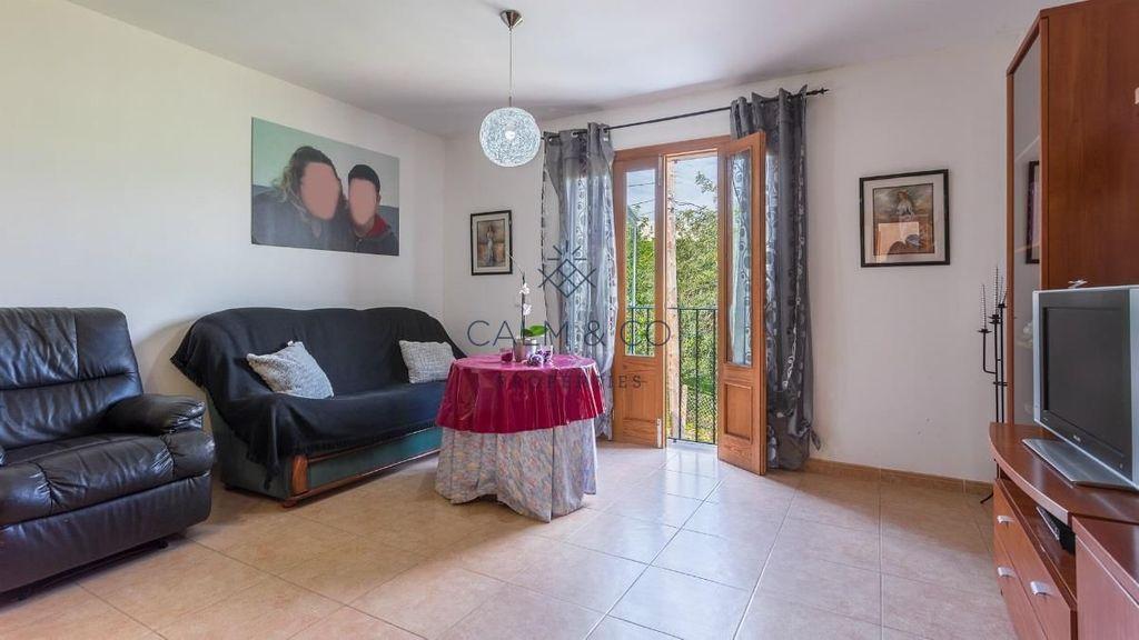Flat  Casco antiguo campanet. Apartamento de 110 m2, muy luminoso, en el pueblo de campanet. l