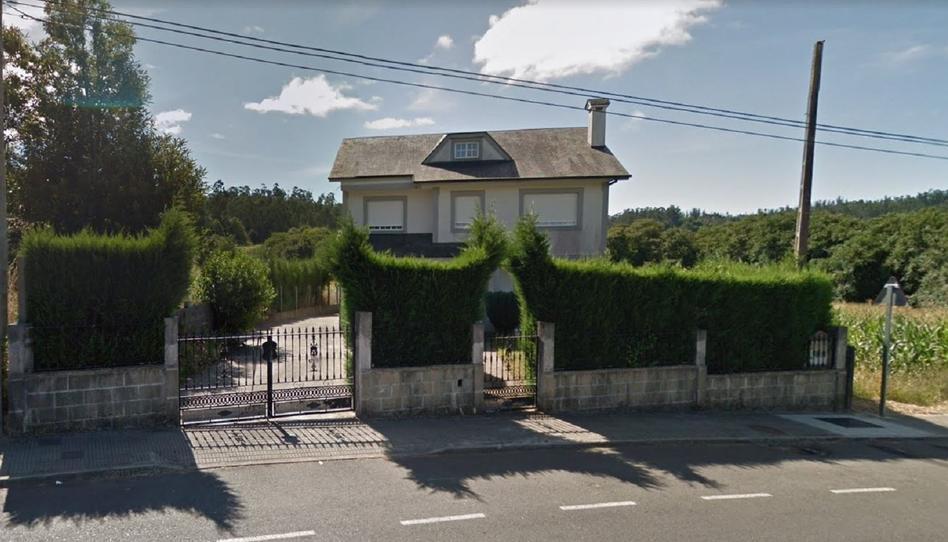 Foto 1 de Casa o chalet en venta en Rúa Tedelle A Baña  , A Coruña