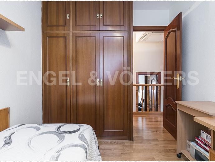 Foto 36 de Casa adosada en Sant Genís Dels Agudells / Sant Genís dels Agudells,  Barcelona Capital