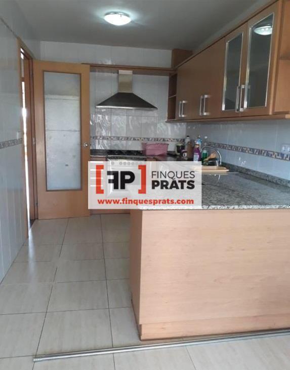 Casa  Esport. Bonita casa de 3 plantas en Castelldans (a 18 km de lleida), 4 h