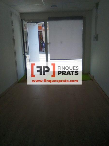 Local Comercial  Lleida. Local comercial en planta baja de 77 m2 distribuidos en sala dia