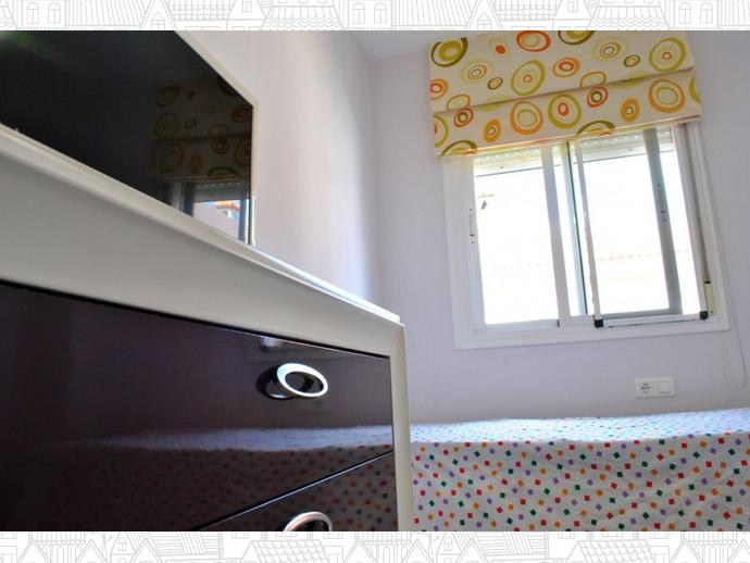 Foto 30 de Casa adosada en Calle Uranio 12 / Puerto de la Torre - Atabal, Málaga Capital