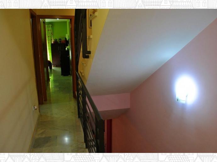 Foto 32 de Casa adosada en Calle Uranio 12 / Puerto de la Torre - Atabal, Málaga Capital