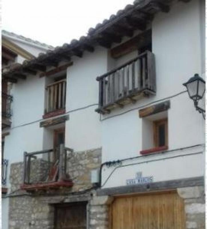 Casa  Els ports - Morella. Disfruta de una gran casa a solo 15 minutos de Morella