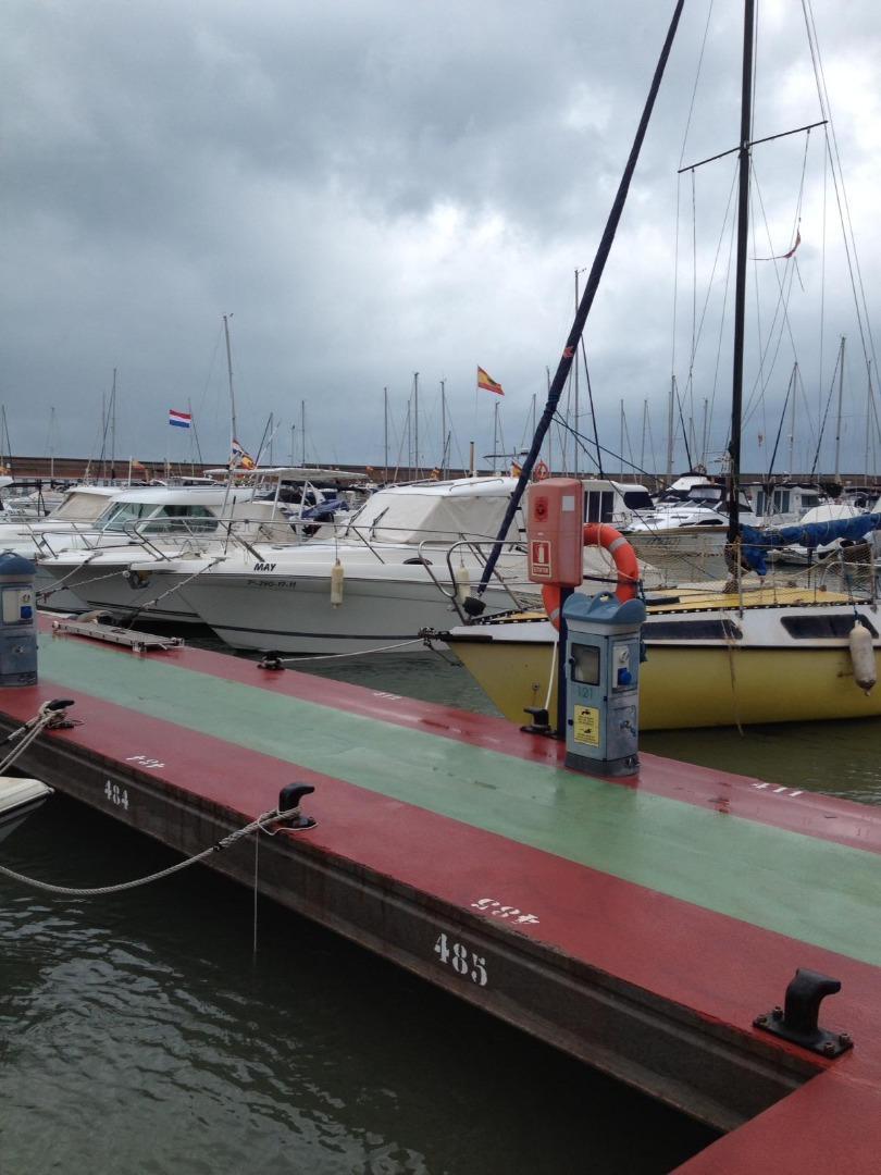 Aparcament cotxe  Oropesa del mar / orpesa - puerto deportivo. Amarre nº 412. tb disponible en alquiler x 400€/ trimestre. gast