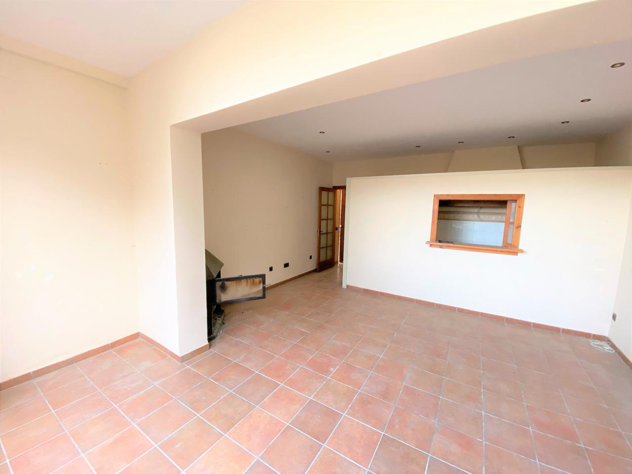 Casa en Perafort. Casa de pueblo con mucho encanto de 140 m² situada en puigdelfí.
