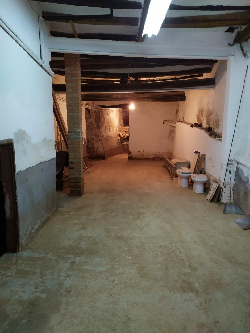 Casa  Raval santa anna, 25