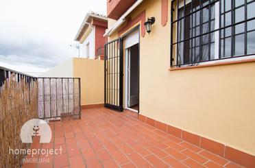 Casa adosada de alquiler con opción a compra en Avenida de la Libertad, Monachil