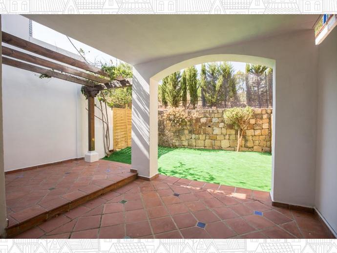 Foto 5 de Casa adosada en  Calle Auriga 5 / Los Naranjos - Las Brisas, Marbella