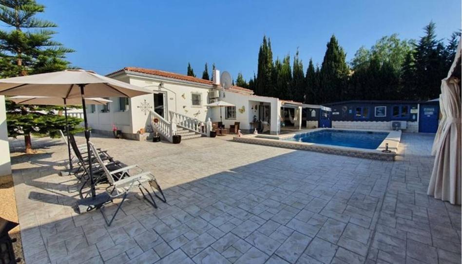 Foto 1 de Casa o chalet en venta en Llibertat Busot, Alicante