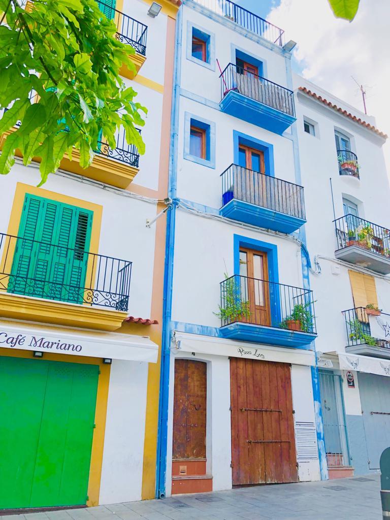 Building  Calle josep verdera. Propiedad exclusiva en la marina